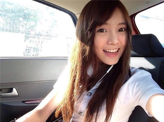 Pornnppan Pornpenpipat đến từ Bangkok (Thái Lan) còn được biết tới với nickname Nenezsnp trong cộng đồng mạng. Cô nàng hiện theo học trường King Mongkut's University of Technology North Bangkok (Thái Lan). Ảnh: Facebook.