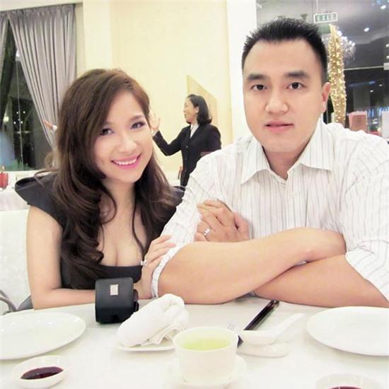 Hiện tại, Duy Uyên đang tận hưởng cuộc sống khá viên mãn tại Mỹ. Cô được chồng thương yêu và chăm sóc hết mình.