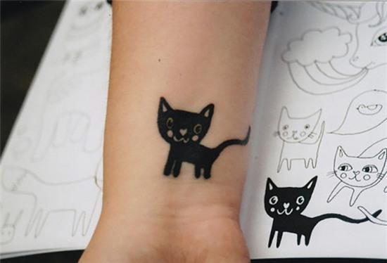 goi y hinh xam don gian nhung cuc xinh danh cho co nang yeu meo 18 Gợi ý hình xăm đơn giản nhưng cực xinh dành cho cô nàng yêu mèo