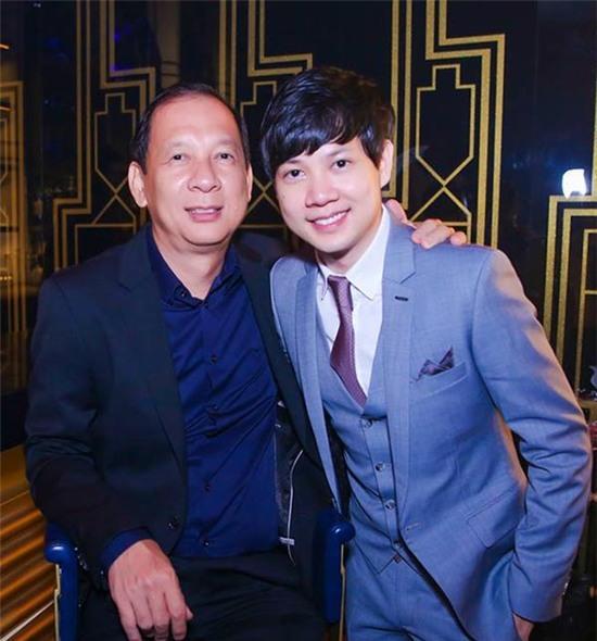 Bên cạnh việc điều phối công việc ở Tập đoàn Trung Thủy, Tín Nguyễn còn sở hữu 2 quán bar đình đám ở TP. HCM.