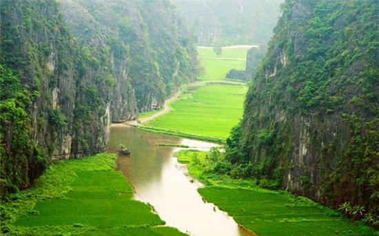 ninh binh la mot trong 10 diem den la nhat the gioi 2 Ninh Bình là một trong 10 điểm đến lạ nhất thế giới