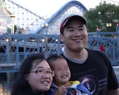 Cô kết hôn với Lưu Cẩm Huy - người Mỹ gốc Hoa năm 2008.