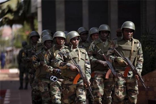 Mali bắt hai nghi phạm vụ tấn công khách sạn đẫm máu