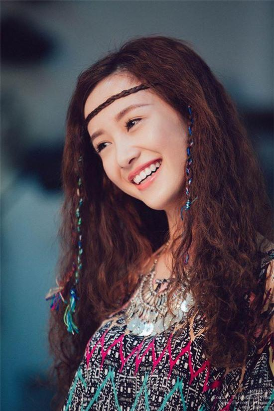 Jun Vũ được hàng loạt trang báo Trung Quốc đưa tin vì quá giống Angela Baby - Ảnh 7.