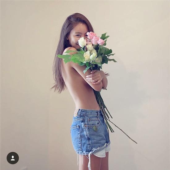 Giới trẻ Hàn Quốc và Thái Lan đều mê mệt vòng 2 của cô DJ này - Ảnh 16.