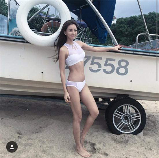 Giới trẻ Hàn Quốc và Thái Lan đều mê mệt vòng 2 của cô DJ này - Ảnh 17.