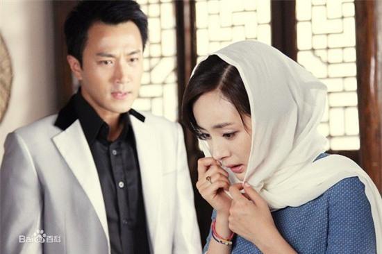 Bốn mối tình đáng ngưỡng mộ từ màn ảnh ra đời thật của sao Hoa ngữ - Ảnh 12.