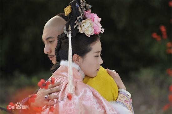 Bốn mối tình đáng ngưỡng mộ từ màn ảnh ra đời thật của sao Hoa ngữ - Ảnh 16.