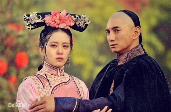 Bốn mối tình đáng ngưỡng mộ từ màn ảnh ra đời thật của sao Hoa ngữ - Ảnh 17.