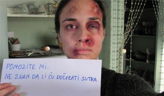 bạo lực gia đình