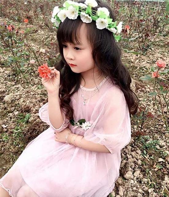 bé gái tuyên quang xinh xắn