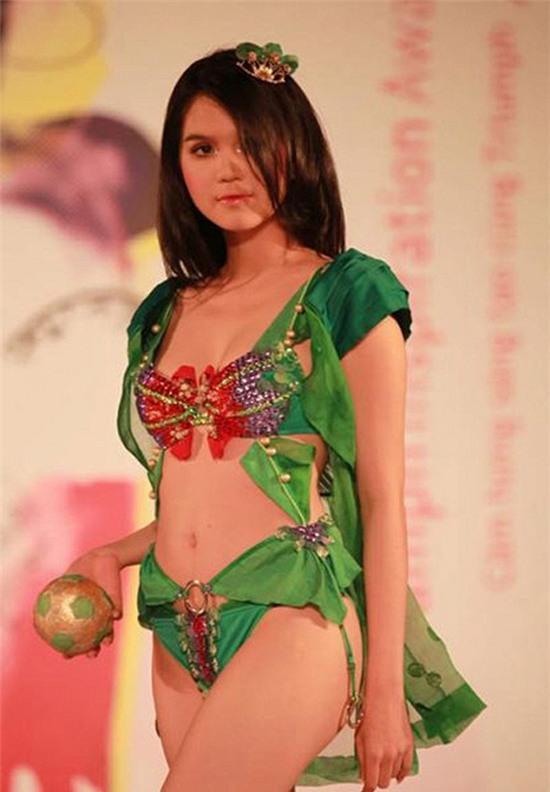 Ngọc Trinh: từ mẫu diễn hội chợ đến nữ hoàng nội y của Việt Nam - Ảnh 15.