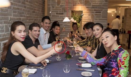 http://2sao.vietnamnetjsc.vn//2016/04/12/08/54/nhung-my-nhan-den-tung-cung-hoang-dao-thi-phi_4.jpg