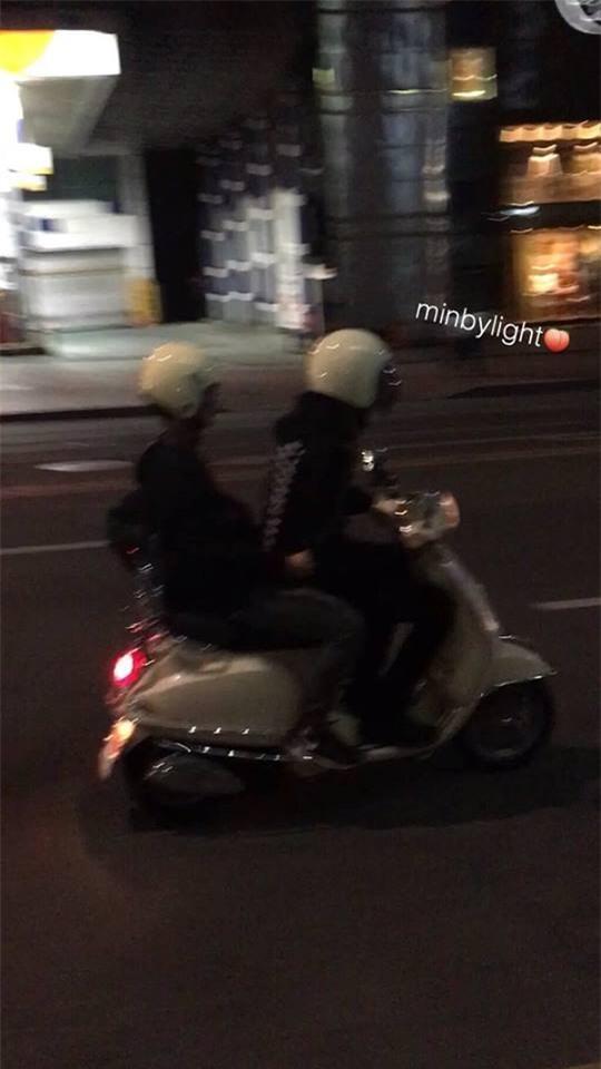 Ngày mà fan mong đợi cũng đến, Chanyeol đã chở Baekhyun (EXO) đi làm bằng xe máy - Ảnh 4.