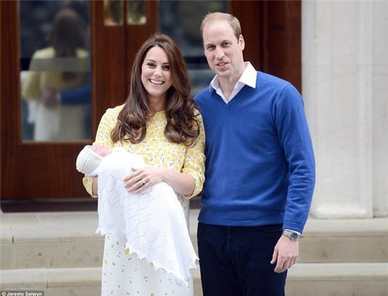 Công chúa nhỏ nước Anh xinh xắn trong loạt ảnh mừng sinh nhật đầu tiên - Ảnh 5.