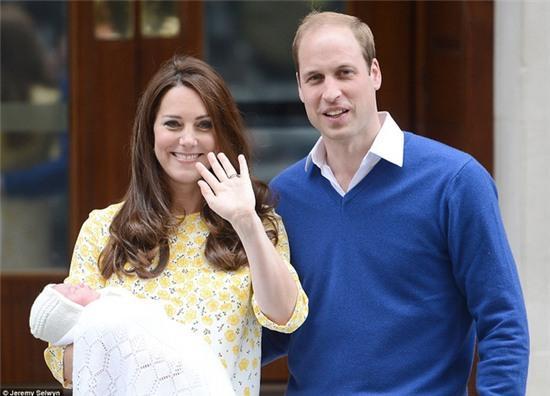 Công chúa nhỏ nước Anh xinh xắn trong loạt ảnh mừng sinh nhật đầu tiên - Ảnh 6.