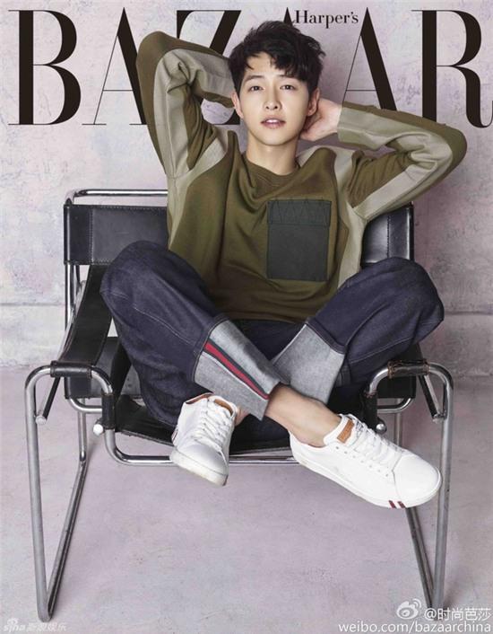 Đại úy Song Joong Ki lại hút hồn bởi vẻ điển trai trong loạt hình ảnh mới - Ảnh 2.