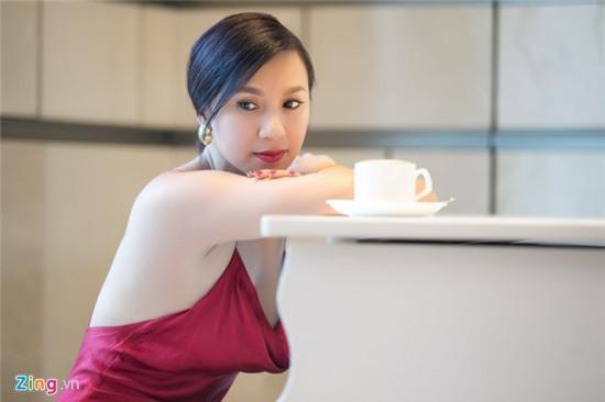 Y Phung: 'Chua gap lai Ly Hung vi ngai ban gai anh ghen' hinh anh 1