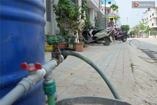 Biệt thự tiền tỷ ở Hà Nội 2 năm không có nước sạch phục vụ sinh hoạt - Ảnh 5.