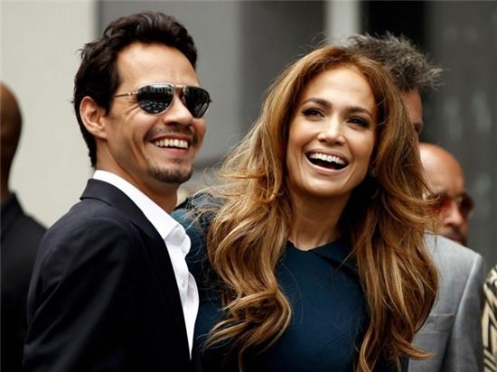 Jennifer Lopez: 25 nam troi di ngo chi nhu vua hom qua hinh anh 3
