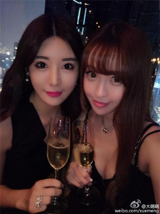 Bức ảnh 11 hot girl tụ hội trong 1 buổi tiệc gây sốt mạng xã hội Weibo - Ảnh 4.