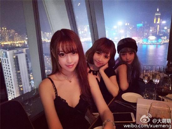 Bức ảnh 11 hot girl tụ hội trong 1 buổi tiệc gây sốt mạng xã hội Weibo - Ảnh 8.