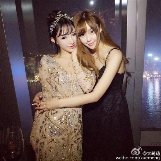 Bức ảnh 11 hot girl tụ hội trong 1 buổi tiệc gây sốt mạng xã hội Weibo - Ảnh 9.
