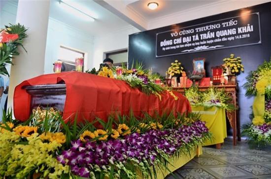 """Hinh Anh Xuc Dong Trong Dam Tang Phi Cong Tran Quang Khai Hinh Anh 3. """""""