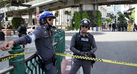 Đánh bom ở Thái Lan: 2 người chết, 8 người bị thương - Ảnh 1.