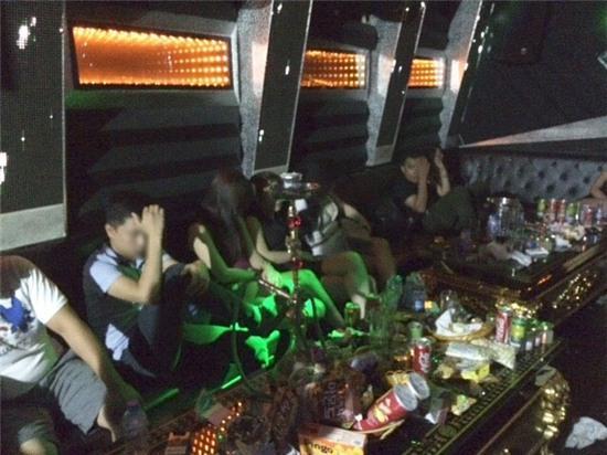 đột kích quán karaoke, Ruby Karaoke Hải Phòng, chốn ăn chơi bậc nhất đất Cảng