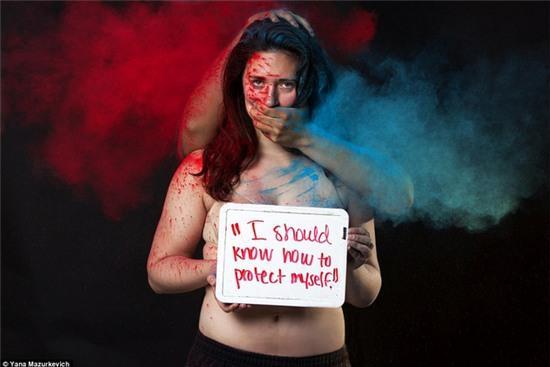 Loạt hình ám ảnh khi phụ nữ bị đổ tội cho các vụ tấn công tình dục - Ảnh 2.