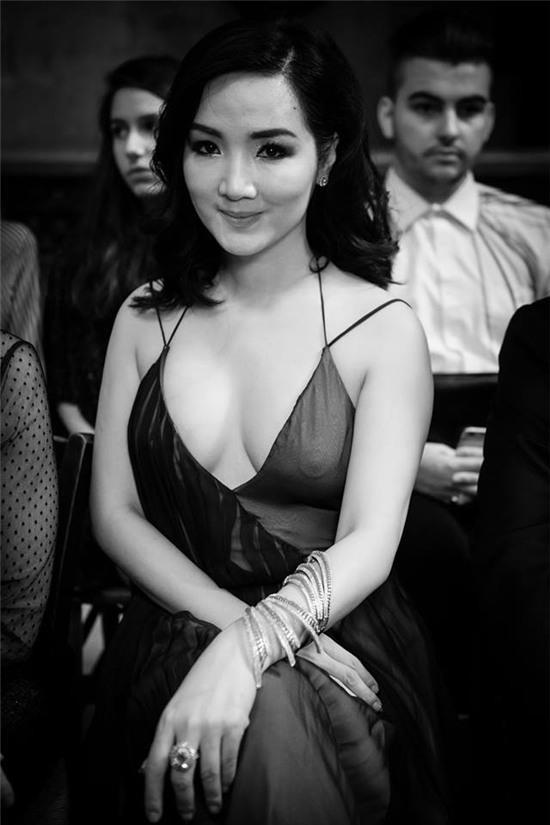 Hoa hậu Đền Hùng Giáng My gây khó hiểu với ngoại hình sai sự thật do photoshop quá đà - Ảnh 6.