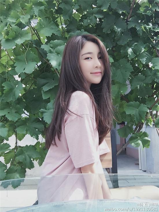 Danh sách bạn gái dài dằng dặc của thiếu gia giàu nhất Trung Quốc - Ảnh 38.