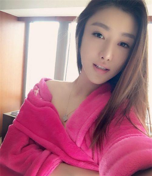 Danh sách bạn gái dài dằng dặc của thiếu gia giàu nhất Trung Quốc - Ảnh 12.