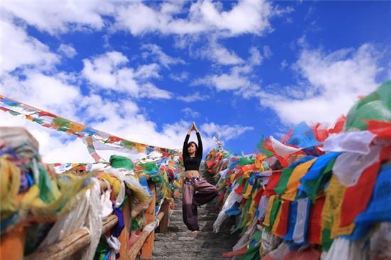 Tập Yoga tại tất cả mọi nơi mình đi qua - cô gái người Việt này đang truyền cảm hứng cho rất nhiều người! - Ảnh 12.