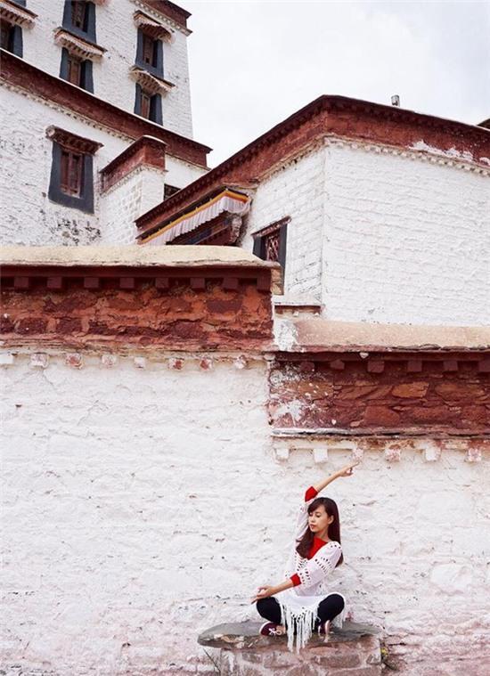 Tập Yoga tại tất cả mọi nơi mình đi qua - cô gái người Việt này đang truyền cảm hứng cho rất nhiều người! - Ảnh 13.