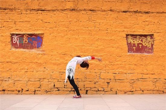 Tập Yoga tại tất cả mọi nơi mình đi qua - cô gái người Việt này đang truyền cảm hứng cho rất nhiều người! - Ảnh 15.