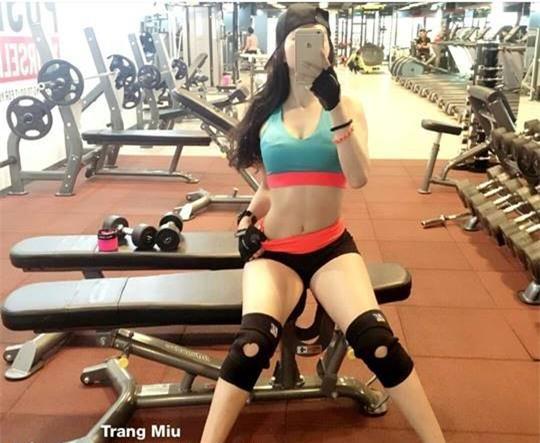 Con gái Việt cũng đầy cô nàng sở hữu bụng một khe siêu sexy và khoẻ khoắn - Ảnh 4.