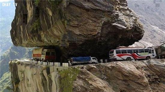 Tuyến đường cao tốc Karakoram , Pakistan