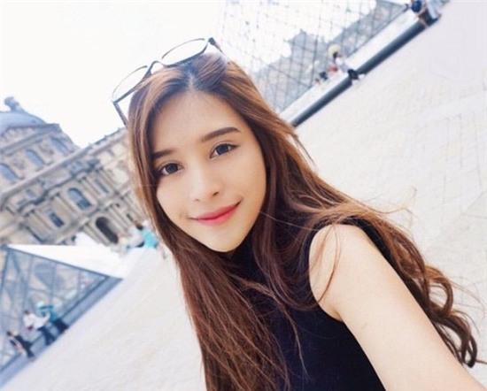Thêm một bông hồng lai ở Thái Lan khiến bạn phải thốt lên: Con lai ai cũng đẹp! - Ảnh 1.