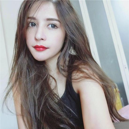 Thêm một bông hồng lai ở Thái Lan khiến bạn phải thốt lên: Con lai ai cũng đẹp! - Ảnh 12.