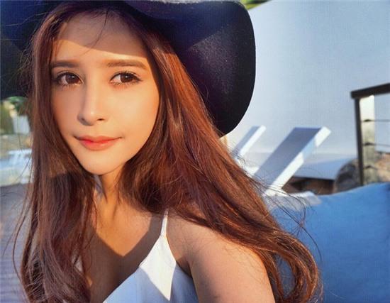 Thêm một bông hồng lai ở Thái Lan khiến bạn phải thốt lên: Con lai ai cũng đẹp! - Ảnh 4.
