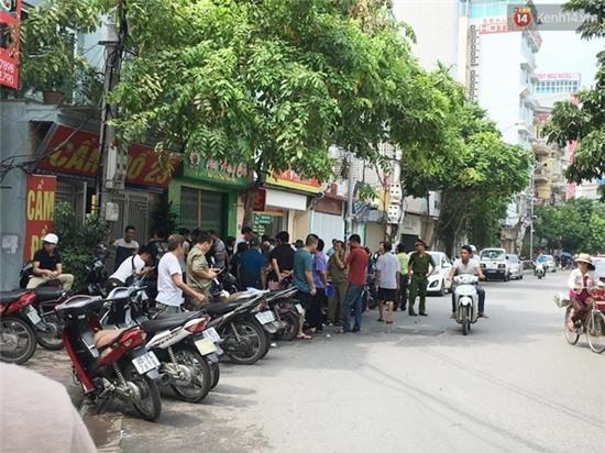 Hà Nội: Tân sinh viên ĐH Bách khoa viên tử vong trong phòng ngủ với 3 vết đâm trên ngực - Ảnh 2.