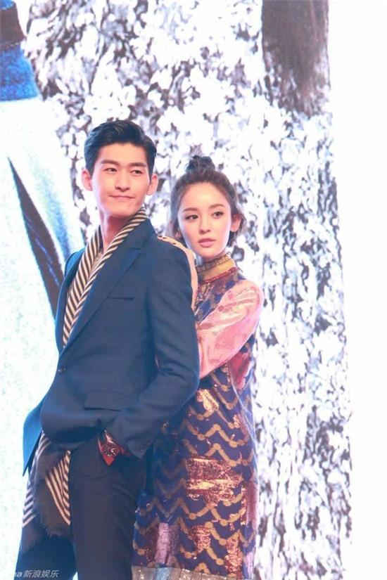 Rộ tin Đại Boss Trương Hàn chia tay bạn gái vì cảnh thân mật trên phim - Ảnh 1.