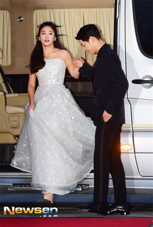 song hye kyo - song joong ki tra loi ve thong tin chuan bi lam dam cuoi - 3