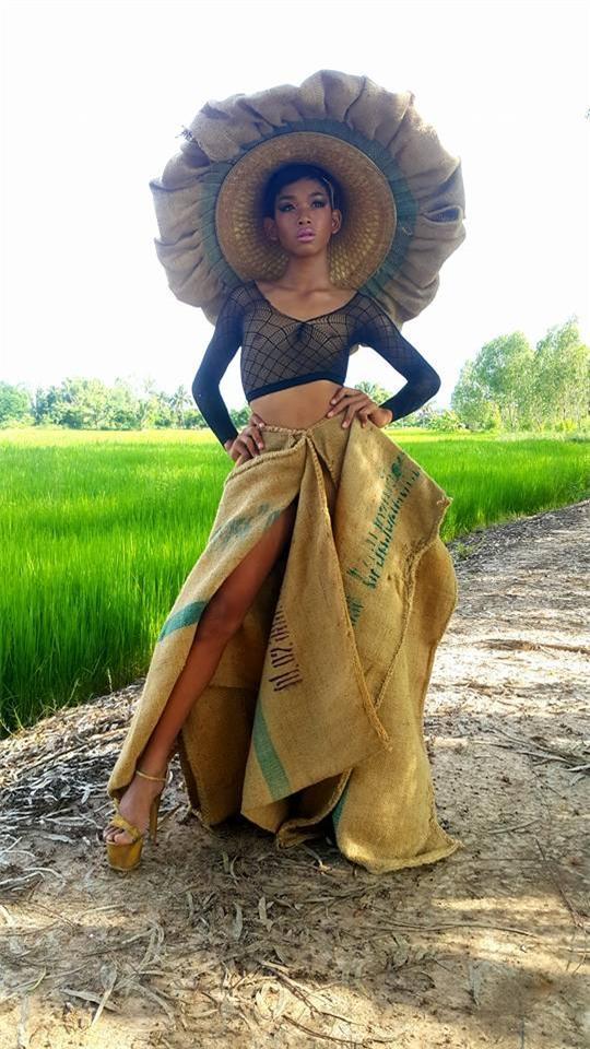 Màn catwalk độc nhất hành tinh khiến dàn mẫu Victoria Secret cũng chỉ muốn quỳ - Ảnh 7.