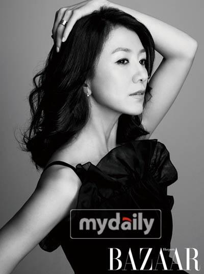 Kim Hee Ae - Wallpaper