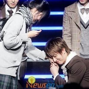 """Fan Super Juniors tức giận vì """"Marry you"""" bị ghép lời Việt!"""