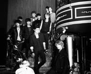 'Bonamana' của Super Junior 'làm loạn'