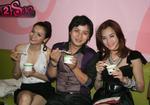 Trang Nhung chuyển nghề bán... yahourt